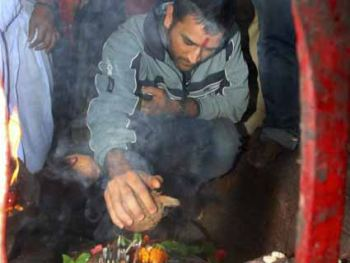 Mahendra Singh Dhoni today offered puja to Goddess Durga at Deori temple