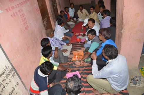 Tribals-gear-up-for-Sarhul- festival