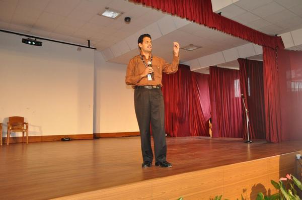 Picture shows UNICEF,Jharkhand Chief Job Zachariah
