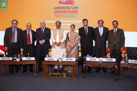 *Picture shows (From L to R) Roy,Chandrajit Bannerj,RS Sharma,Raghubar Das,Raj Bala Verma,Sanjay Kumar,TV Ramachandran and Sunil Kumar Barnwal in New Delhi on the occasion of launching ceremony of 'Investment Promotion Campaign branded as 'Momentum Jharkhand'.