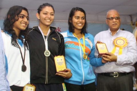 *Ratan Lal's picture shows Women's 400 m free style event winners -Shivani Kataria,Gold, from Haryana,Manique Gandhi,Silver,from maharashtra and Shruti Mahalingam,Bronze,from Tamilnadu.