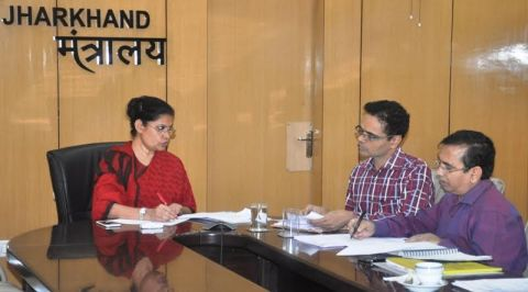 Picture shows Jharkhand CS Raj Bala Verma reviewing works of the state Agriculture Department inside Project Bhawan in Ranchi on September 6,2016.Seen in the picture are(Left to Right) CS Raj Bala Verma and Agriculture Secretary Nitin Madan Kulkarni.