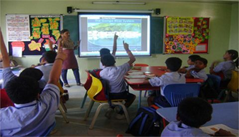Picture courtesy brainfeedmagazine.com shows Smart Class in a school in Jharkhand.