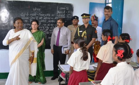 *Picture shows Jharkhand Governor Draupadi Murmu inspects and kick starts Smart Class at KGVS in Garhwa district,Jharkhand on October 4,2016.