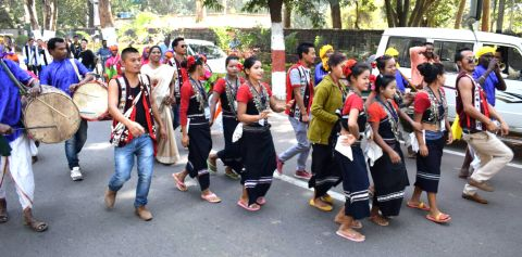 *Picture shows artists belonging to Eastern India states holding roadshow in Ranchi on Tuesday.