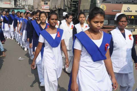 Ranchi, Jharkhand 01 December 2016 :: Nurses takes out a awareness rally on the occasion of World AIDS Day in Ranchi on Thursday. Photo-Ratan Lal