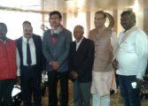 केंद्रीय खेल मंत्री (स्वतंत्र प्रभार) राज्यवर्द्धन सिंह राठौड़ और राज्य के खेल मंत्री अमर कुमार बाउरी होतवार स्थित मेगा स्पोर्ट्स काम्प्लेक्स पहुंचे